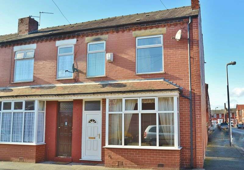 4 Bedrooms Terraced House for sale in Bright Road, Eccles, Manchester