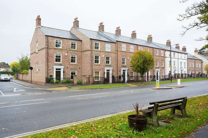 4 Bedrooms Terraced House for sale in Main Street, Fulford, York