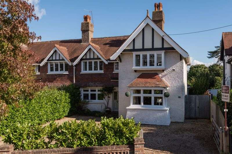 4 Bedrooms Semi Detached House for sale in Western Road, Hurstpierpoint, West Sussex,