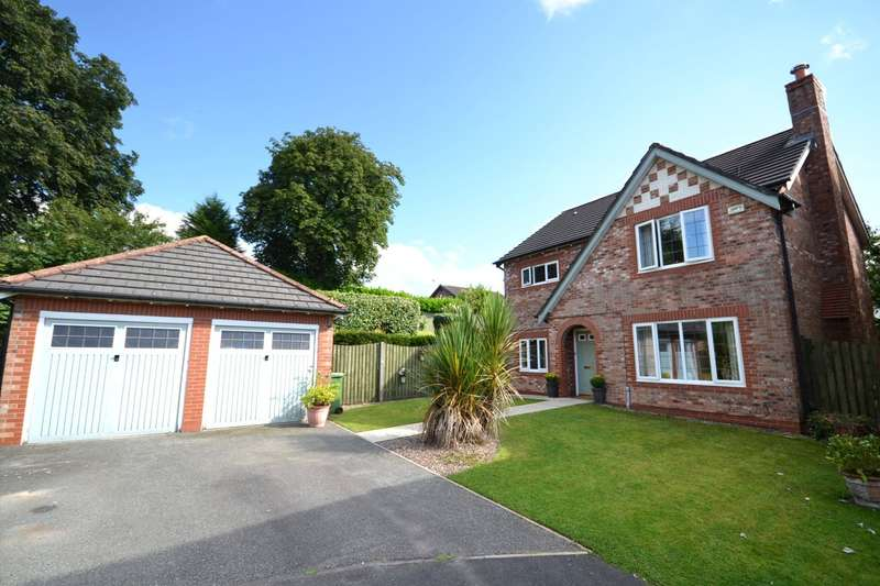 4 Bedrooms Detached House for sale in College Court, Macclesfield