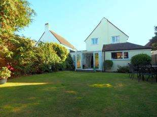 3 Bedrooms Detached House for sale in Drummond Road, Goring-by-Sea, Worthing, West Sussex