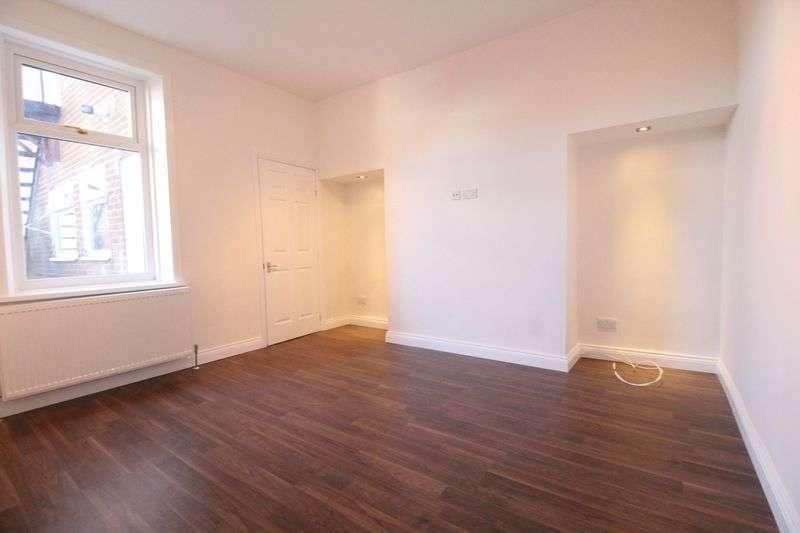 2 Bedrooms Flat for sale in Frobisher Street, Hebburn