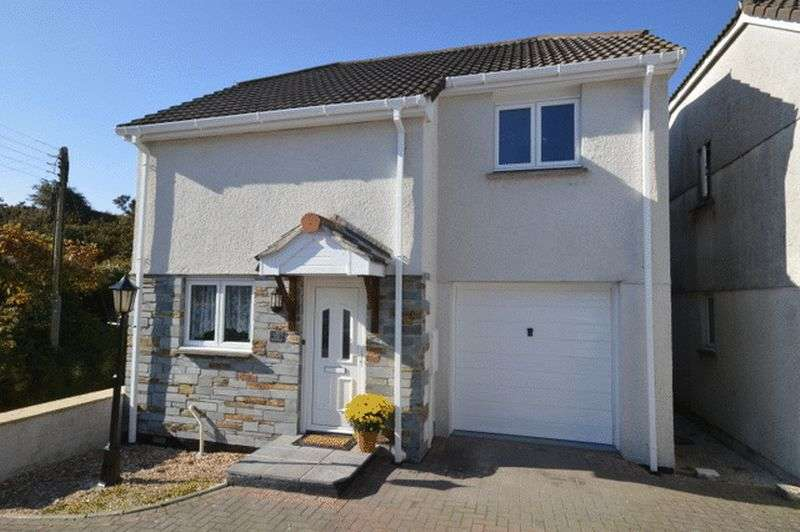 3 Bedrooms Detached House for sale in Hendra Prazey, St. Austell