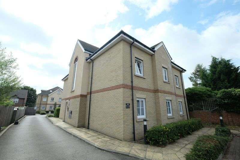 1 Bedroom Property for sale in Walsingham Close, Bedford