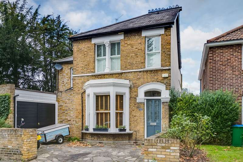 4 Bedrooms Detached House for sale in Clarence Road, Kew