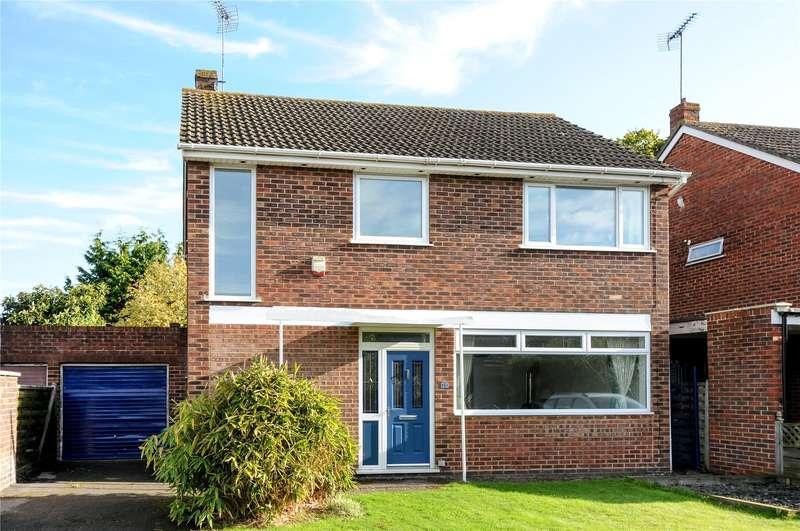 3 Bedrooms Detached House for sale in Chatsworth Avenue, Winnersh, Wokingham, Berkshire, RG41