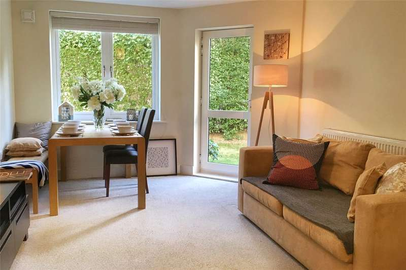 3 Bedrooms Flat for sale in Nexus Court, Malvern Road, London, NW6