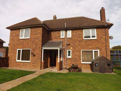 5 Bedrooms Detached House for sale in Meteor Road, Manby, Louth, Lincolnshire