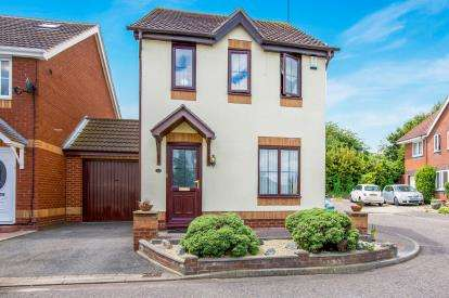 3 Bedrooms Detached House for sale in Grays, Essex, .