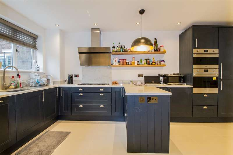 5 Bedrooms Terraced House for sale in Fairdale Gardens, Putney
