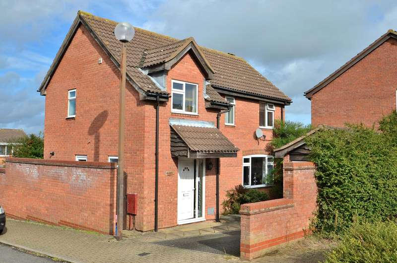 3 Bedrooms Detached House for sale in Pannier Place, Downs Barn