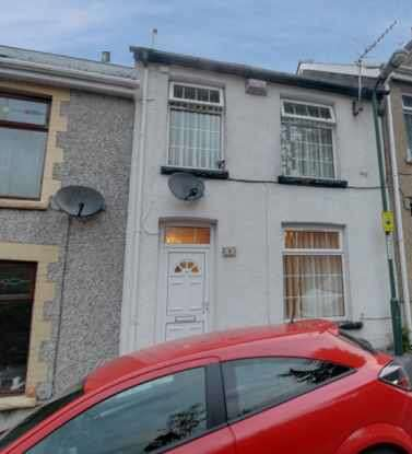 2 Bedrooms Terraced House for sale in Upper Royal Lane, Abertillery, Gwent, NP13 1NL