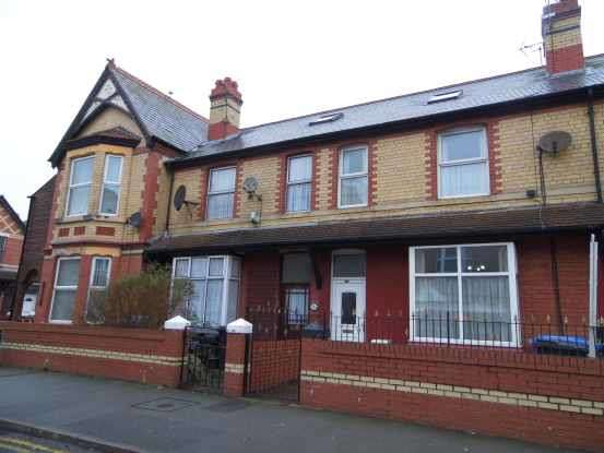 5 Bedrooms Terraced House for sale in Wellington Road, Rhyl, Denbighshire, LL18 1LH