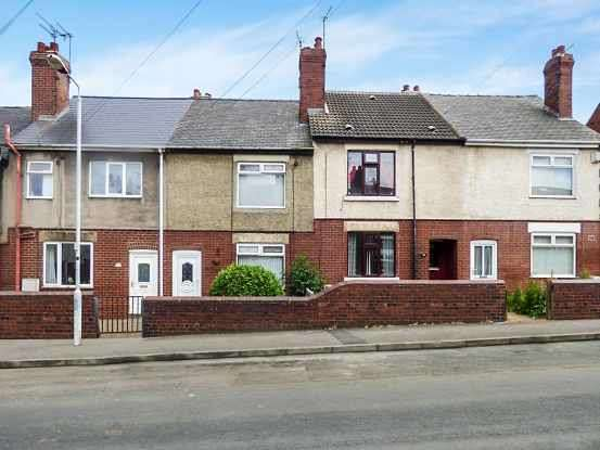 3 Bedrooms Terraced House for sale in Broadway, Pontefract, West Yorkshire, WF9 2NF