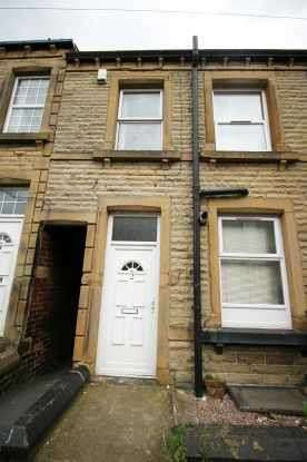 2 Bedrooms Terraced House for sale in Staincliffe Hall Road, Batley, West Yorkshire, WF17 7QX