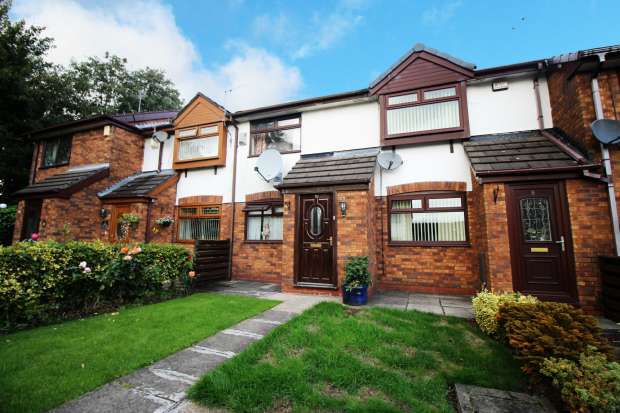 2 Bedrooms Terraced House for sale in Boston Street, Oldham, Greater Manchester, OL8 1XJ