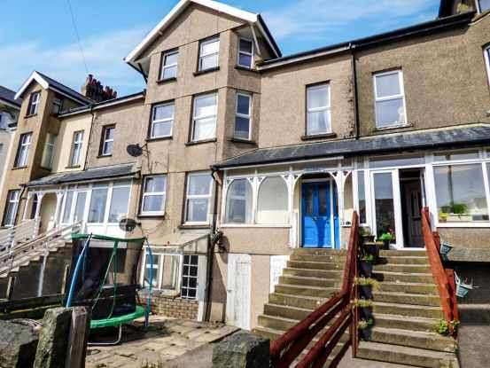 5 Bedrooms Terraced House for sale in Belgrave Road, Fairbourne, Gwynedd, LL38 2AZ