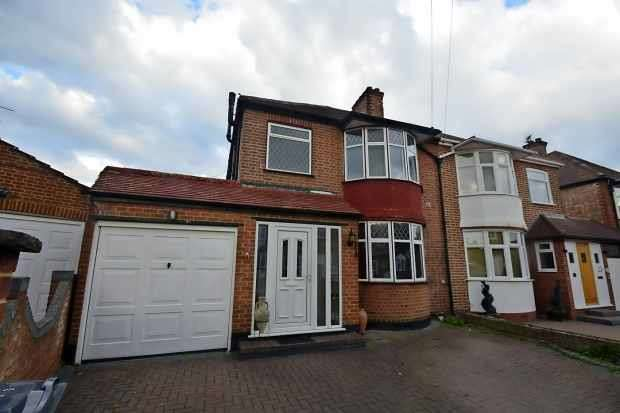 4 Bedrooms Semi Detached House for sale in Albury Avenue, Isleworth, Greater London, TW7 5HX