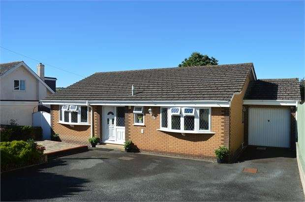 3 Bedrooms Detached Bungalow for sale in Southey Lane, Kingskerswell, Newton Abbot, Devon. TQ12 5JF