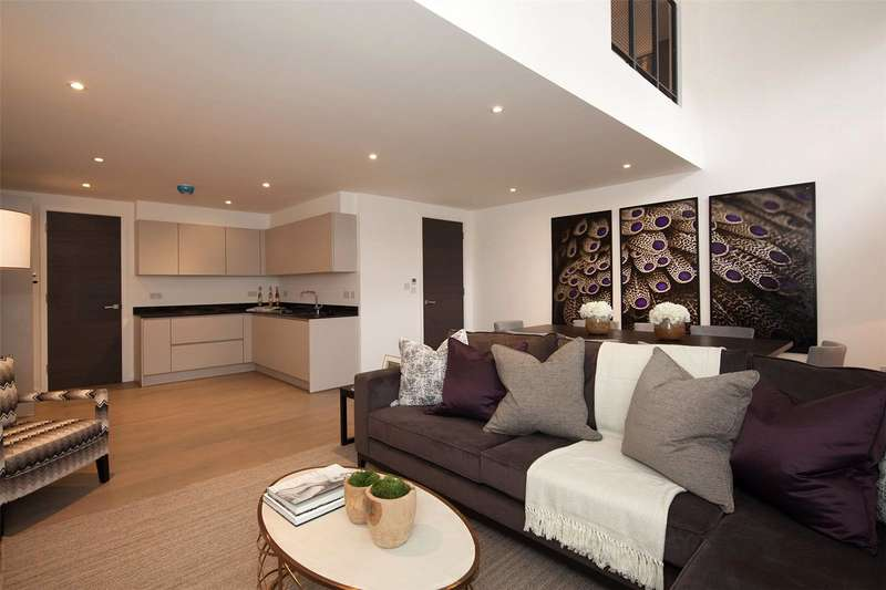 3 Bedrooms Flat for sale in Canterbury Road, London, NW6