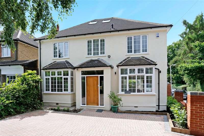 4 Bedrooms Detached House for sale in Hills Lane, Northwood, Middlesex, HA6