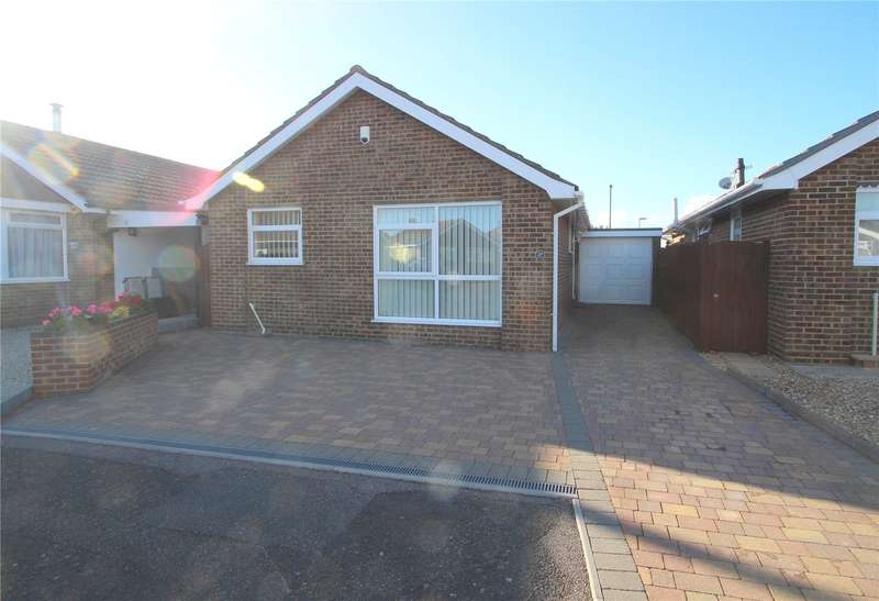2 Bedrooms Detached Bungalow for sale in Kimber Close, Lancing, West Sussex, BN15