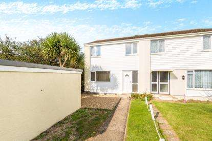 3 Bedrooms House for sale in Mullion, Helston, Cornwall