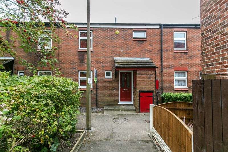 3 Bedrooms Terraced House for sale in Attingham Walk, Poolstock, WN3 5UQ