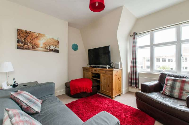 1 Bedroom Flat for sale in Balham High Road, Balham, SW12
