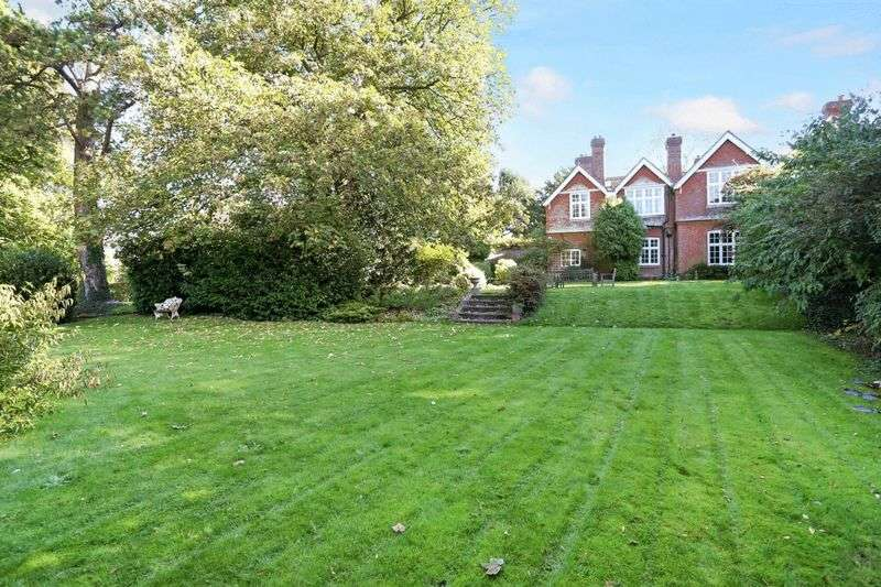 4 Bedrooms Semi Detached House for sale in Rectory Lane, Meonstoke, Hampshire