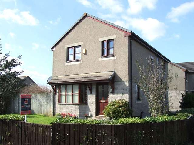 4 Bedrooms Detached House for sale in 4 Bed Detached; Modern; Camborne