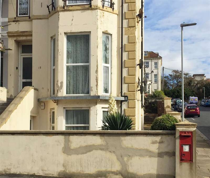 2 Bedrooms Flat for sale in Church Road, St Leonards On Sea, East Sussex,