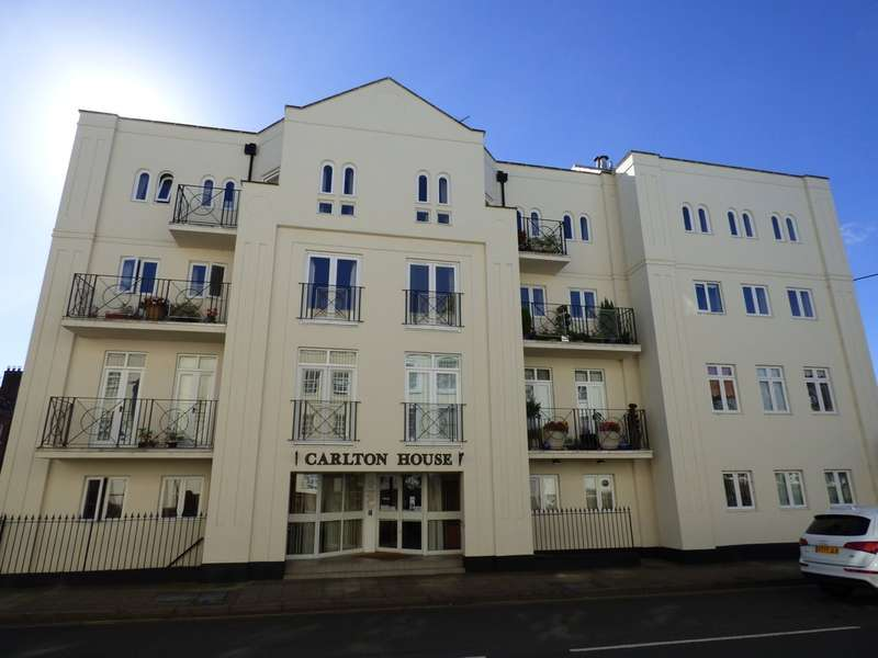 2 Bedrooms Flat for sale in Carlton House, Regent Street, Leamington Spa