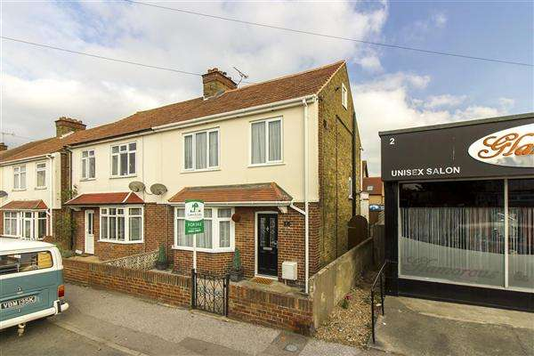 3 Bedrooms Semi Detached House for sale in Westover Road, Broadstairs