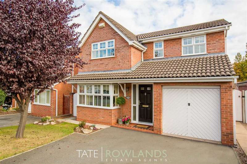 4 Bedrooms Detached House for sale in Balmoral Close, Flint