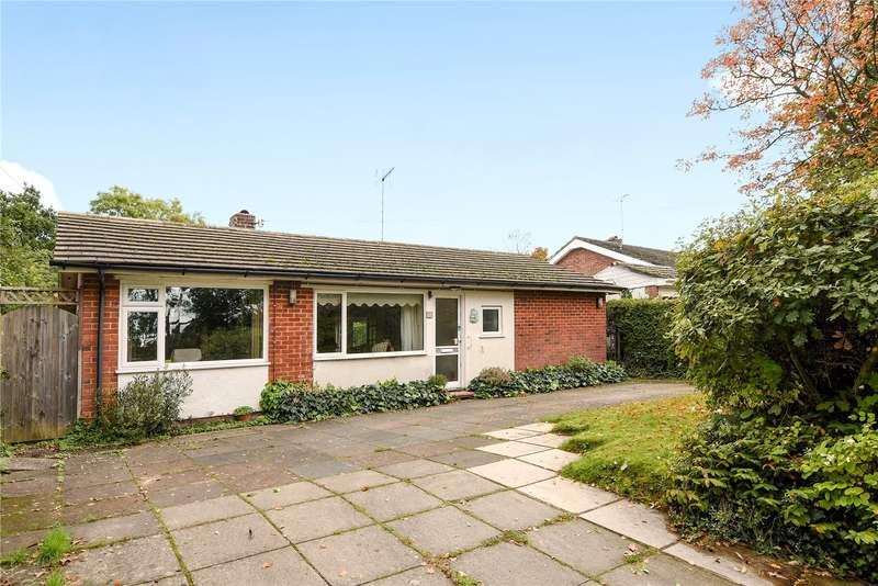 3 Bedrooms Bungalow for sale in Budges Gardens, Wokingham, Berkshire, RG40