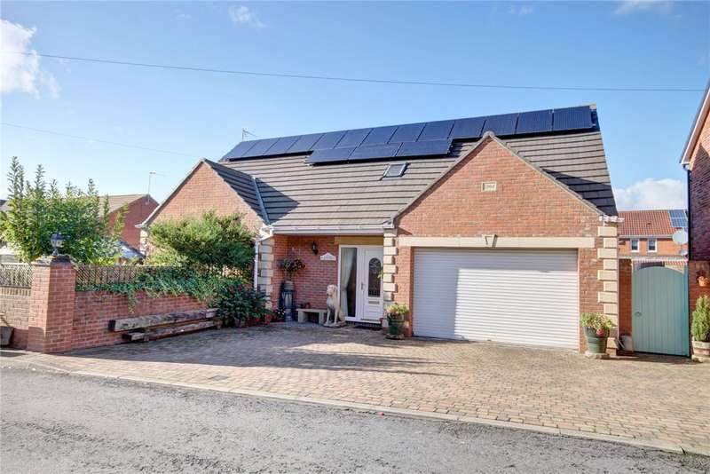 5 Bedrooms Detached House for sale in Goatbeck Terrace, Langley Moor, Durham, DH7