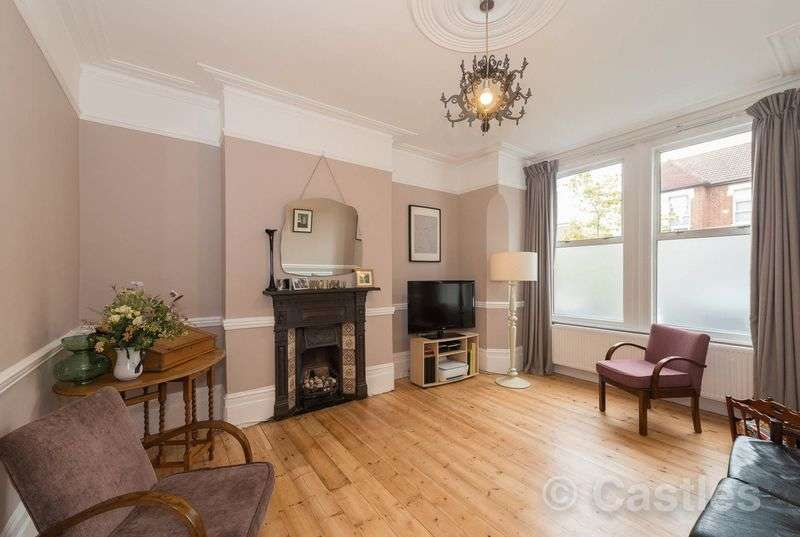 3 Bedrooms Terraced House for sale in Crawley Road N22