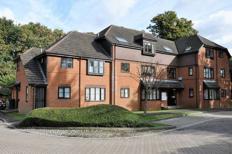 2 Bedrooms Flat for sale in Limeway Terrace, Dorking
