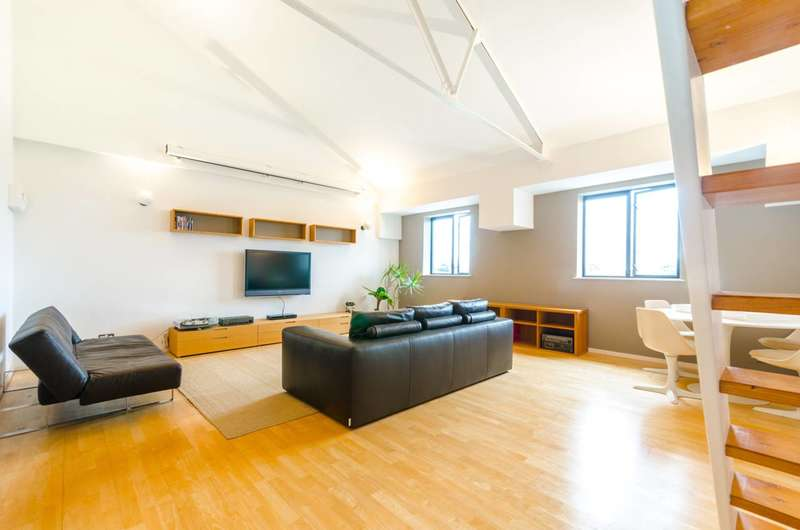 1 Bedroom Flat for sale in The Spectacle Works, Plaistow, E13
