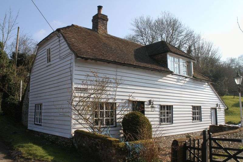 3 Bedrooms Detached House for sale in Alkham