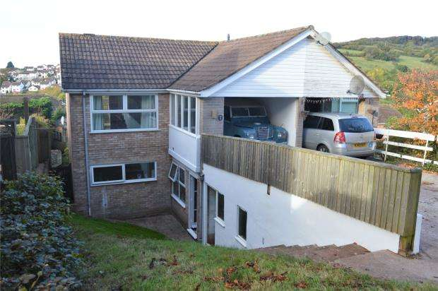 3 Bedrooms Semi Detached House for sale in Admirals Walk, Teignmouth, Devon