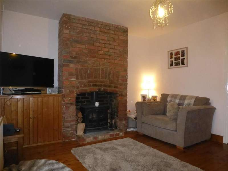 2 Bedrooms Terraced House for sale in Five Oak Green, Tonbridge, Kent