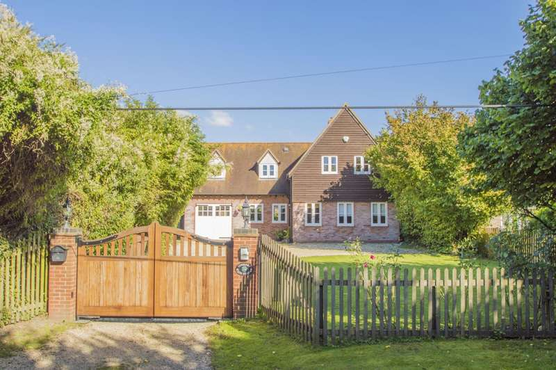 4 Bedrooms Detached House for sale in High Street, South Moreton, OX11