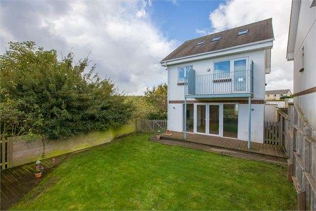 4 Bedrooms Detached House for sale in Princess Road, Kingskerswell, Devon. TQ12 5EL