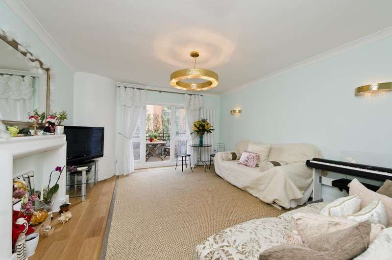 2 Bedrooms Flat for sale in Petersham House, 29-37 Harrington Road, SW7