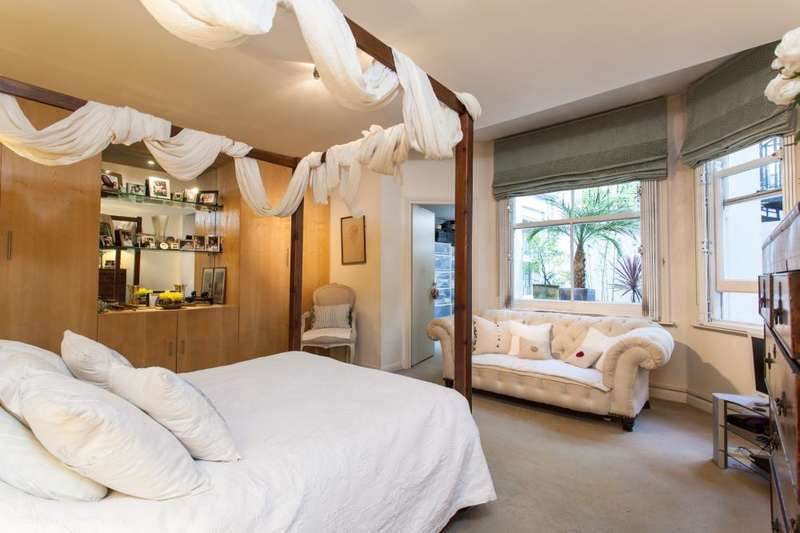3 Bedrooms Ground Flat for sale in Lexham Gardens, London, W8