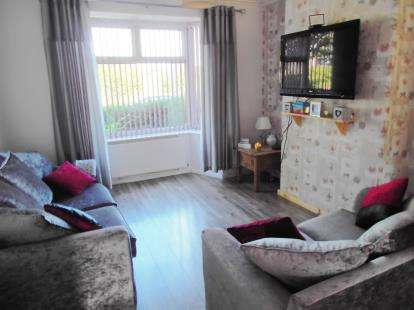 3 Bedrooms Semi Detached House for sale in Monmouth Road, Intack, Blackburn, Lancashire, BB1