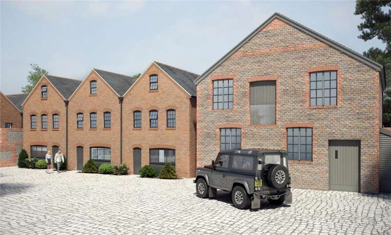 3 Bedrooms End Of Terrace House for sale in Eagle Brewery Yard, Brewery Hill, Arundel, West Sussex, BN18