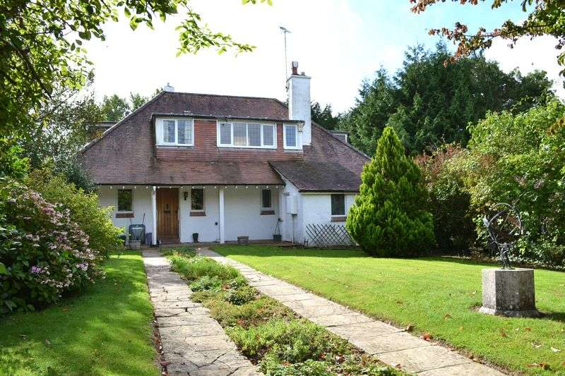 3 Bedrooms Detached House for sale in Higher Way, Harpford, Near Sidmouth